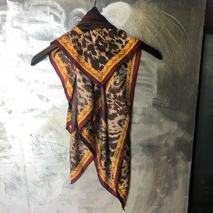 VTG - Carlisle Silk Scarf Leopard & Plaid Print